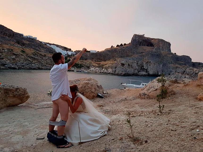 где найти проститутку в греции остров родос-шк3